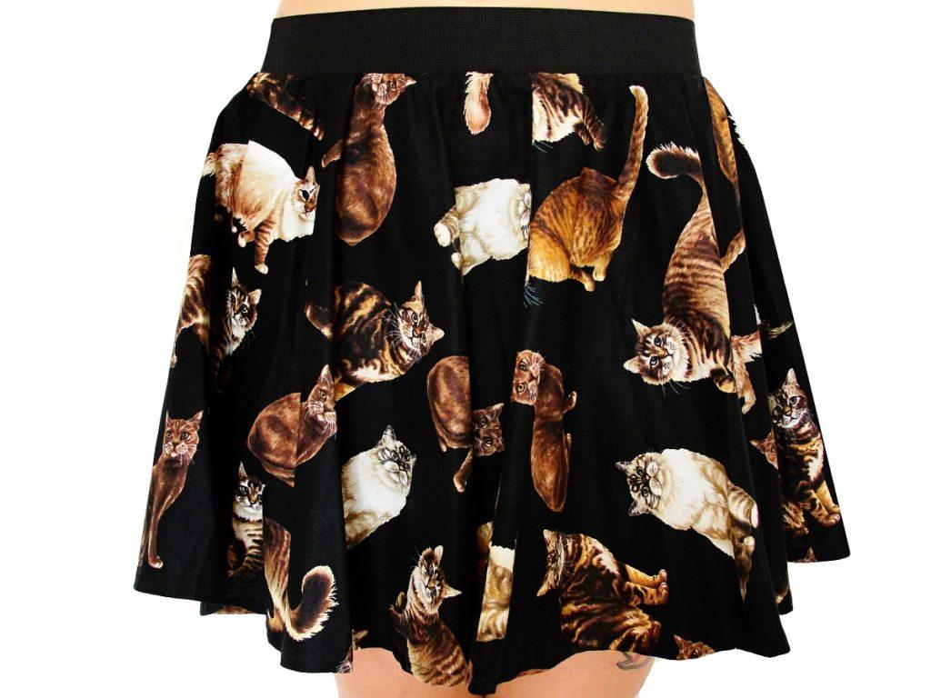 černá sukně s motivy koček